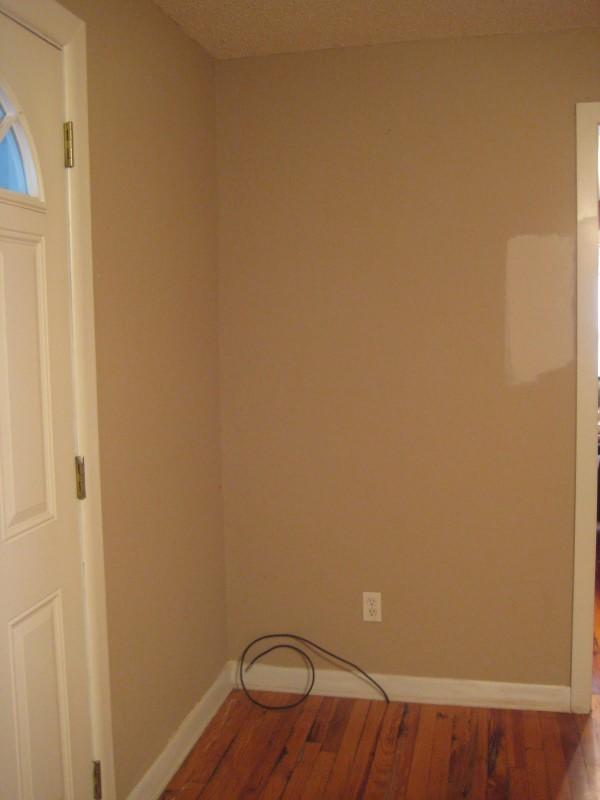voici comment donner de l allure une tag re ikea bon march. Black Bedroom Furniture Sets. Home Design Ideas