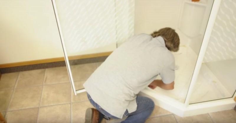 donner sa douche une allure de spa avec du teck. Black Bedroom Furniture Sets. Home Design Ideas