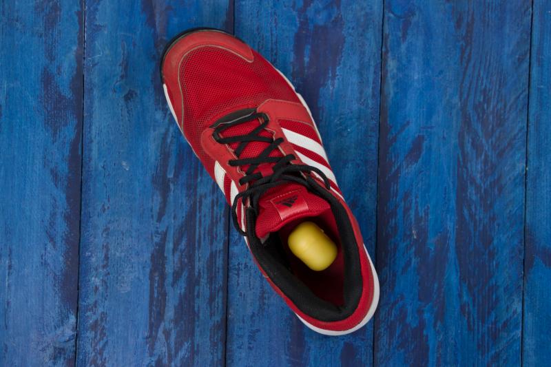 Fabriquer un d sodorisant pour chaussures avec un sachet de th - Bicarbonate de soude chaussures ...