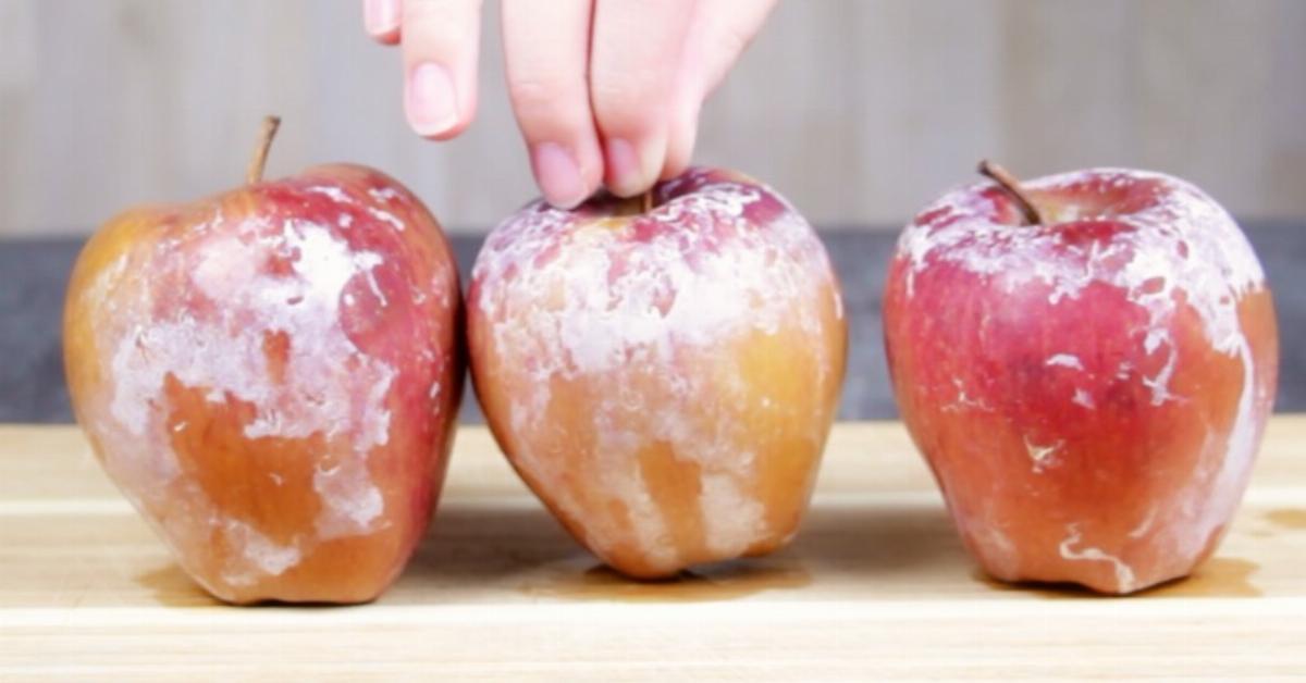 comment se d barrasser de la couche de cire pr sente sur les pommes. Black Bedroom Furniture Sets. Home Design Ideas