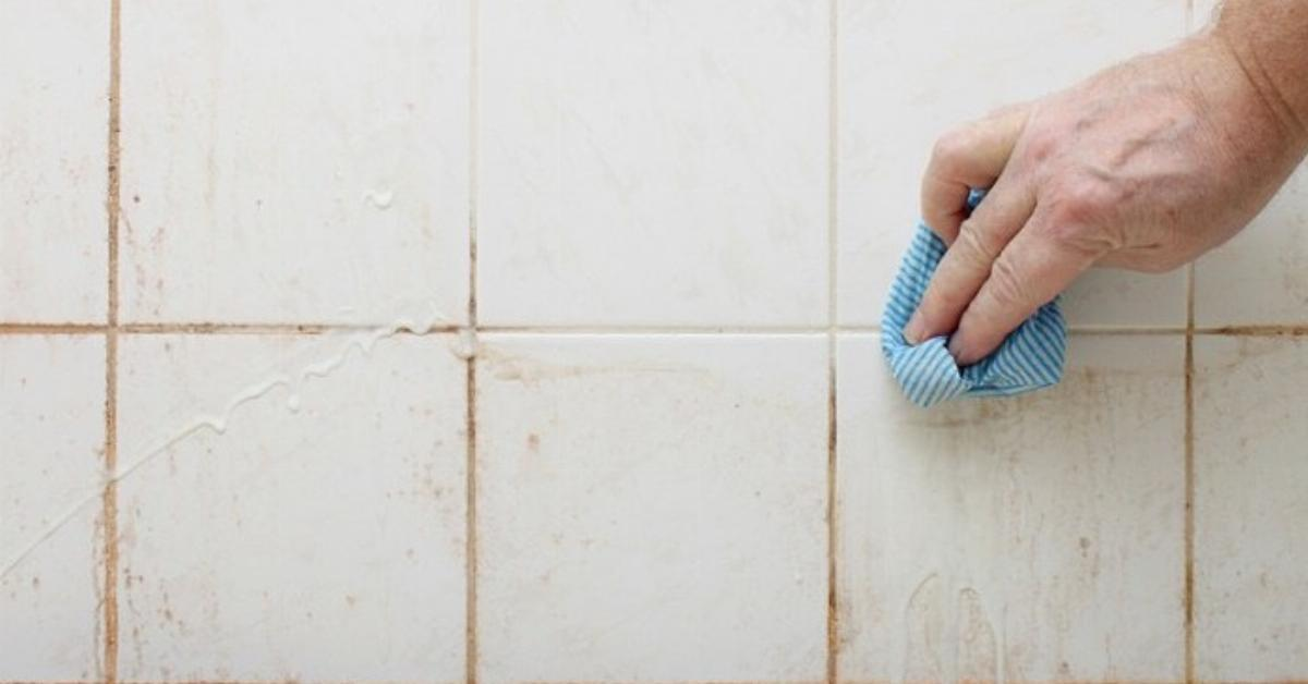 Nettoyer Les Douches Encrassees Avec 2 Ingredients Du Quotidien