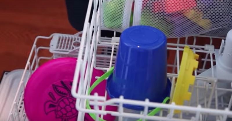 11 Astuces de nettoyage faciles et rapides pour ne pas faire le ménage pendant des heures comme Cendrillon 461cda7b86a7af75532d8c212e48ea67-800x418