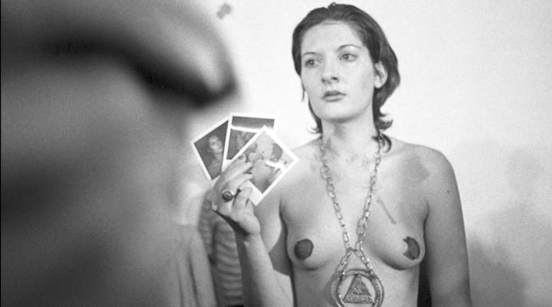 Marina Abramovic  nackt