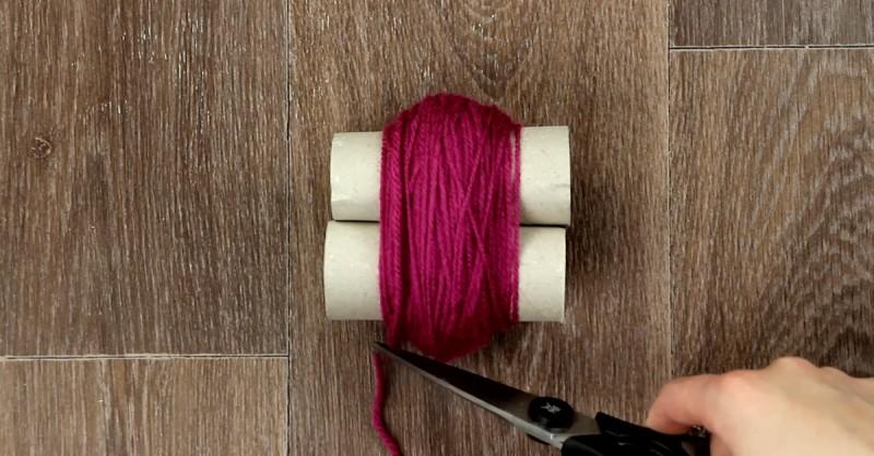 Créez Votre Tapis à Laide De Rouleaux De Papier Toilette Et De Laine