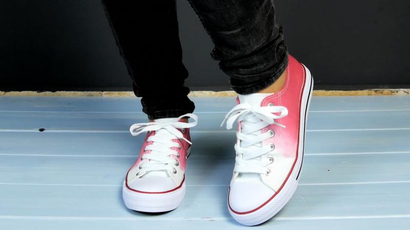 186052f468048 Idées Personnaliser Chaussures Façons Soi De Ses 5 Diy Même I1xrqAIB