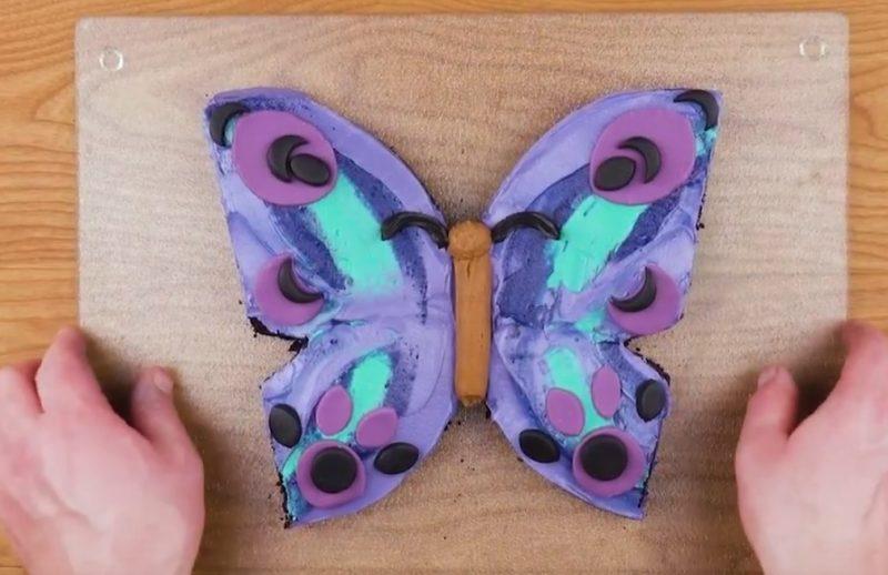 gâteau en forme de papillon