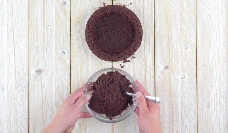 vider le gâteau