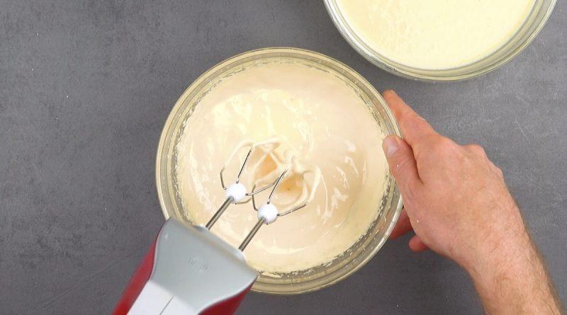 battre les œufs avec le sucre