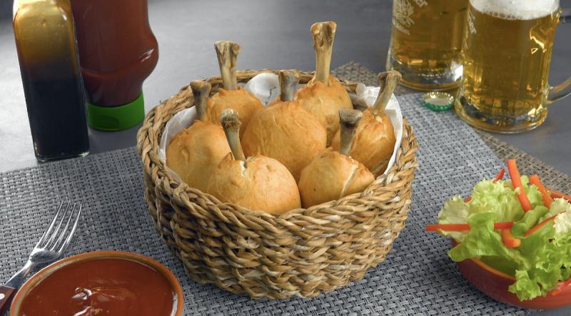 Les reproductions de cuisses de poulet prêtes à être dégustées