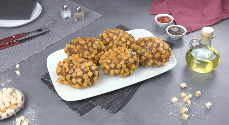 boules de pommes de terre farcies enroulées de viande hachée