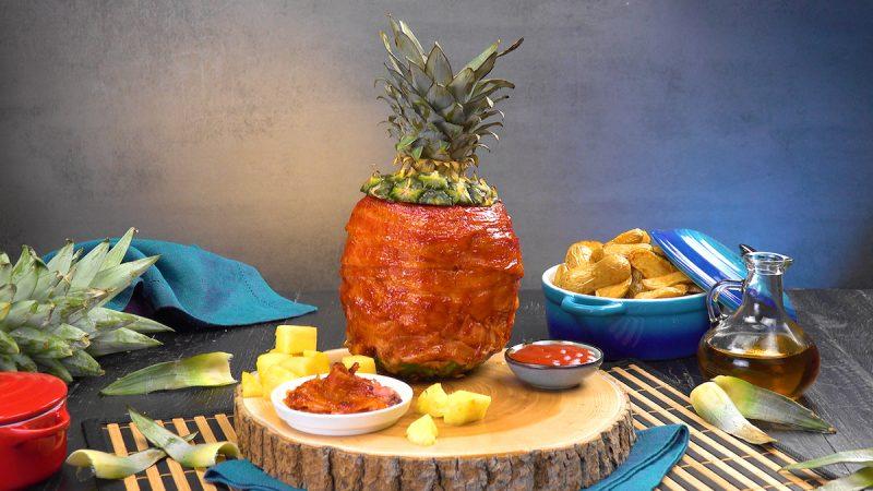 ananas grillé terminé avec accompagnement
