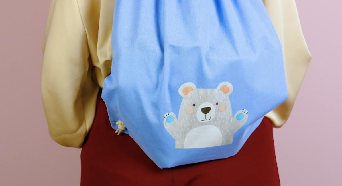 sac avec un motif d'ours imprimé