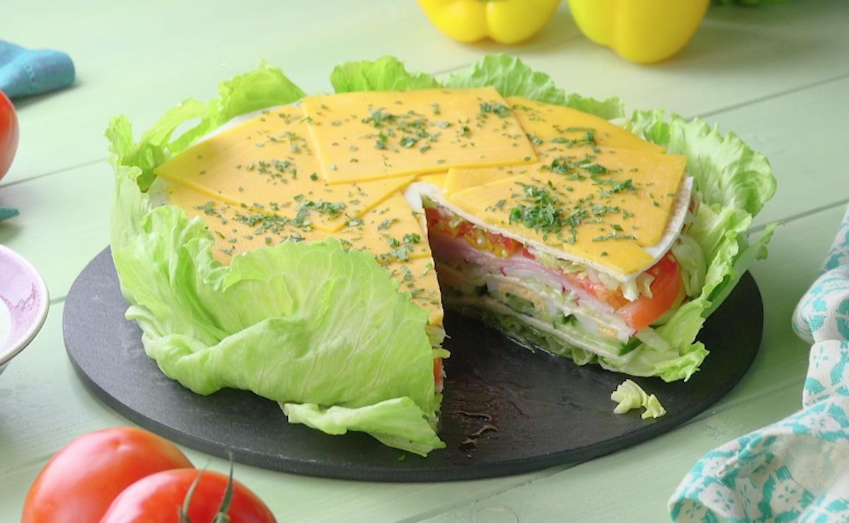 salade sous forme de gâteau
