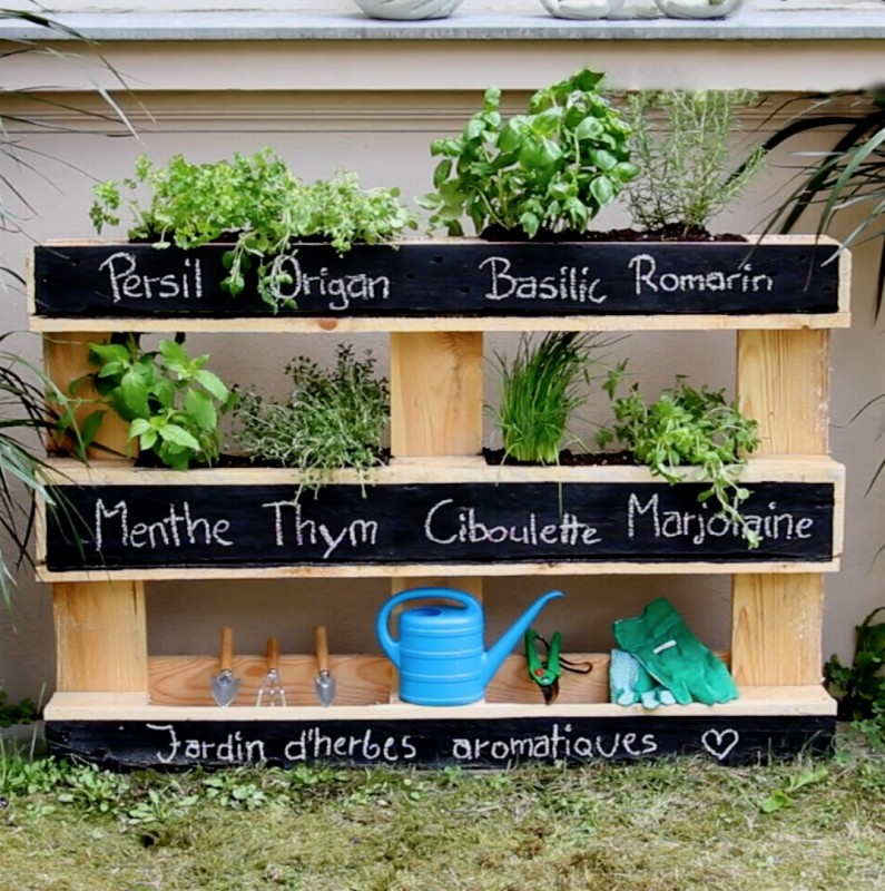 jardinière originale avec une palette