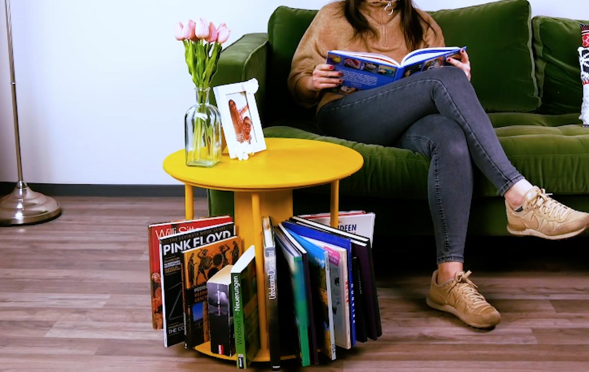 table bibliothèque pour ranger des livres