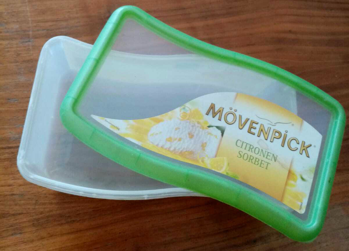 boîte de sorbet au citron en plastique