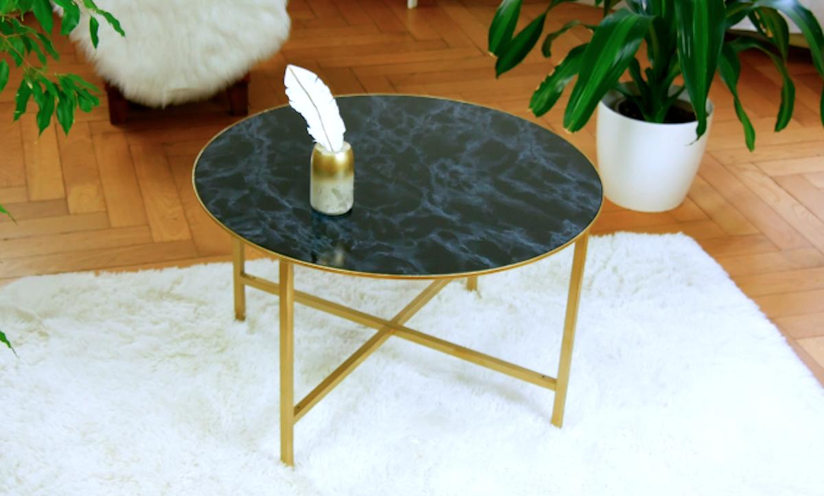 table marbrée
