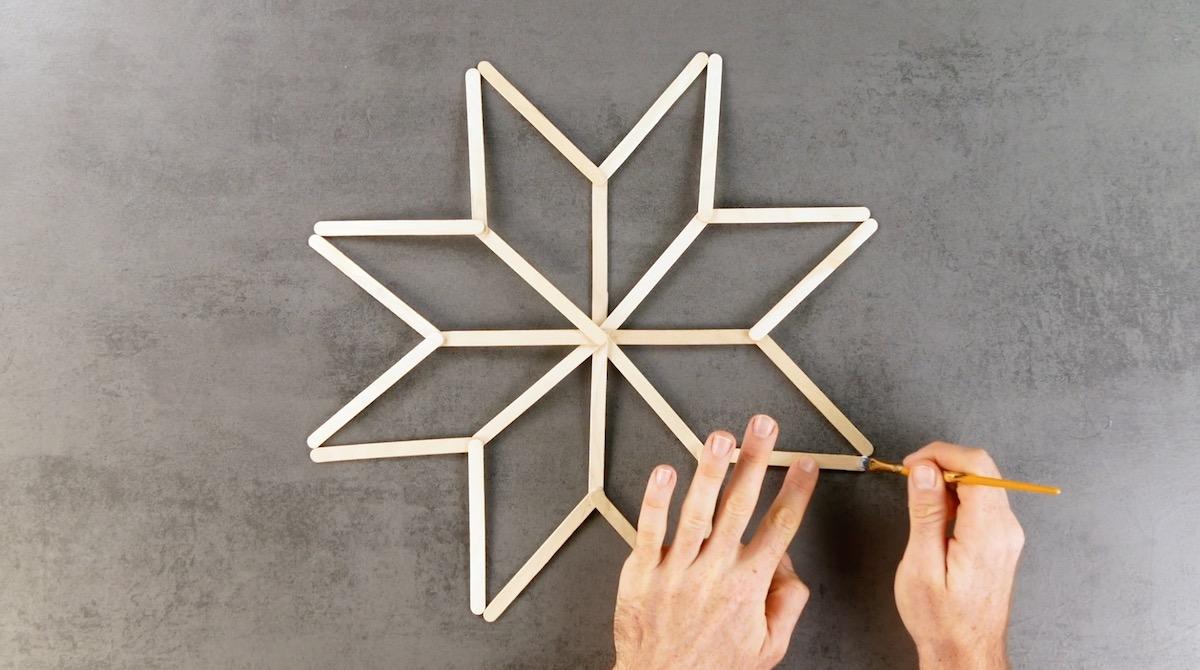 to make star with ice cream sticks