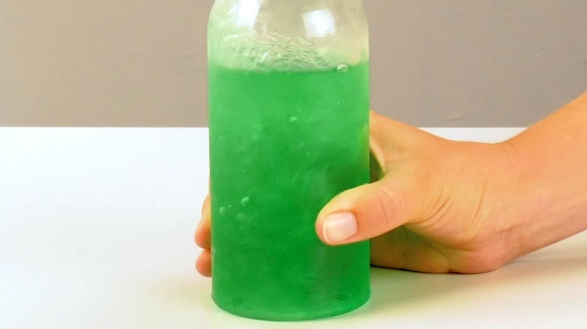 bouteille d'eau gelée