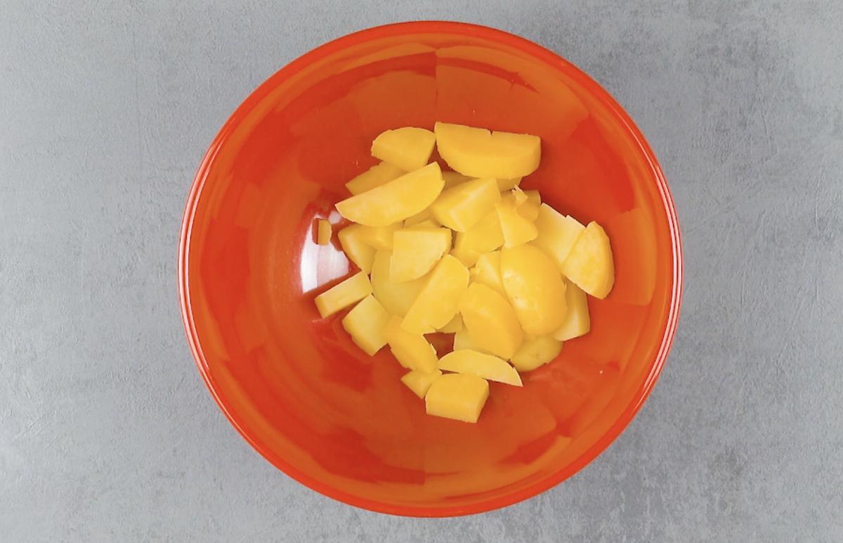 cuire et couper les pommes de terre