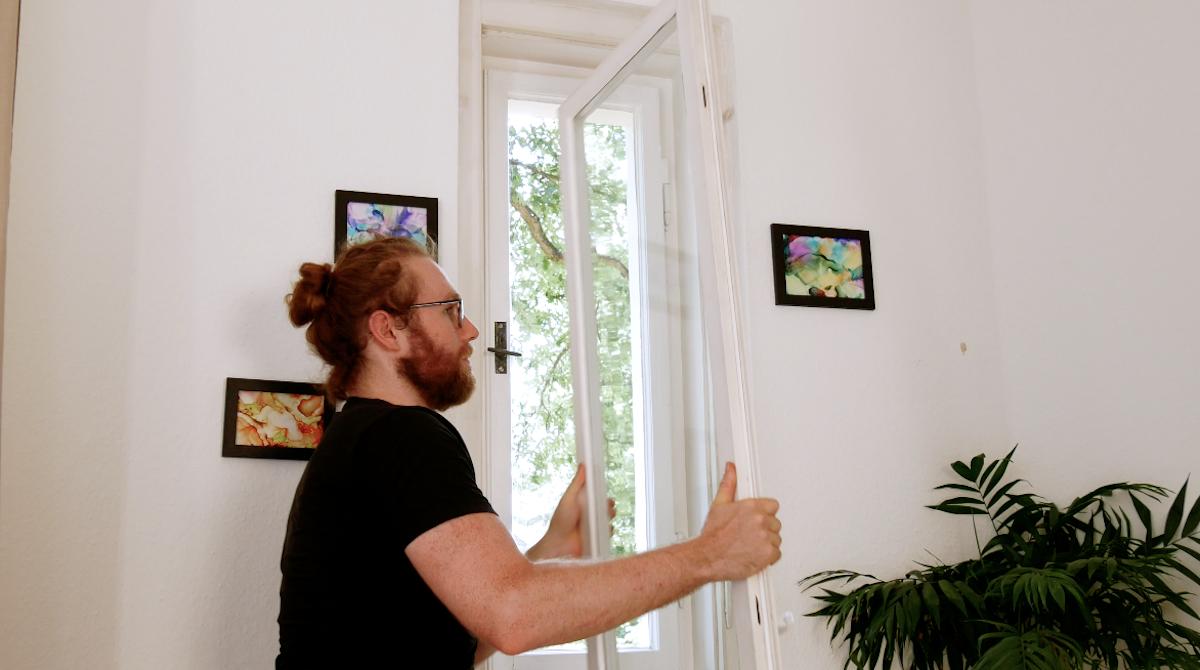 unhook the window