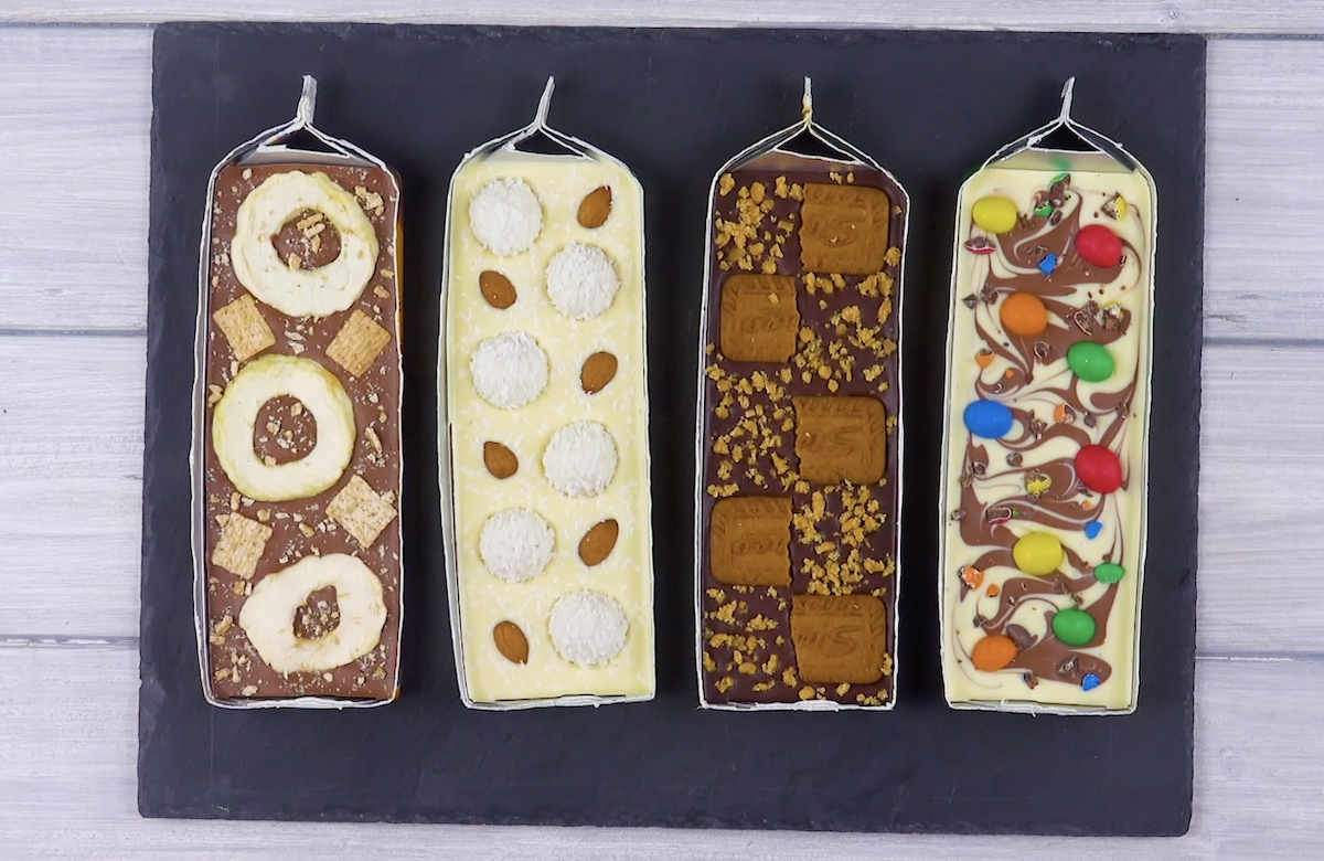 Recette de chocolat élégant à base de M&M's, Raffaello et d'amandes