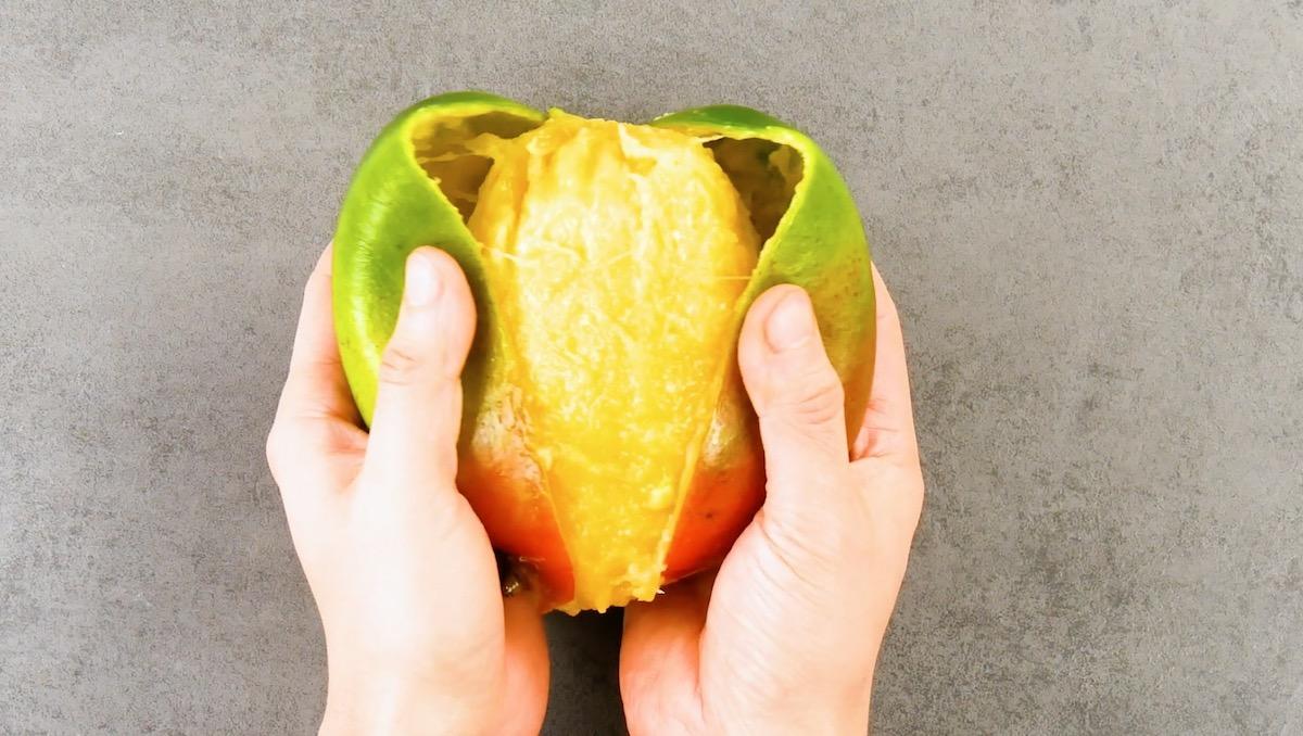 peler une mangue