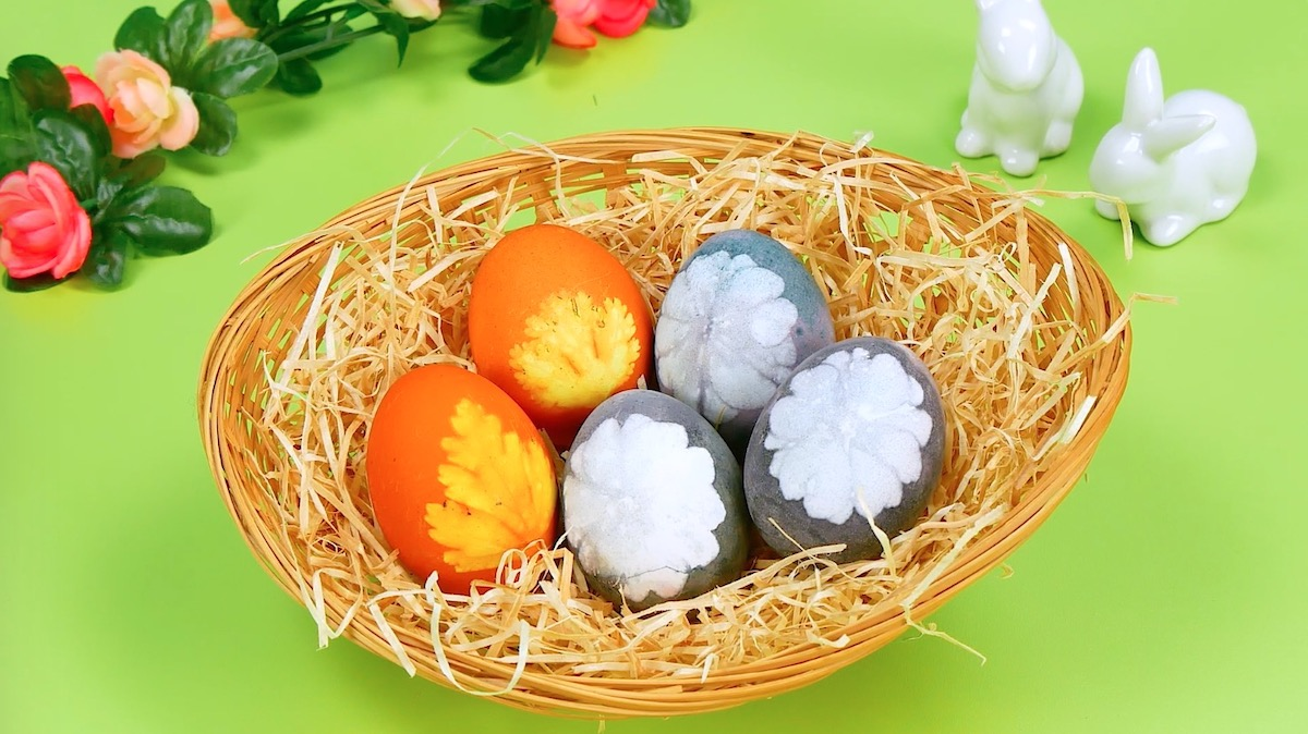 Easter eggs with floral pattern
