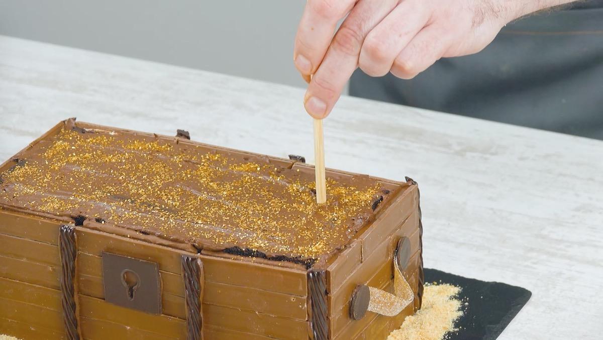 saupoudrer de sucre doré