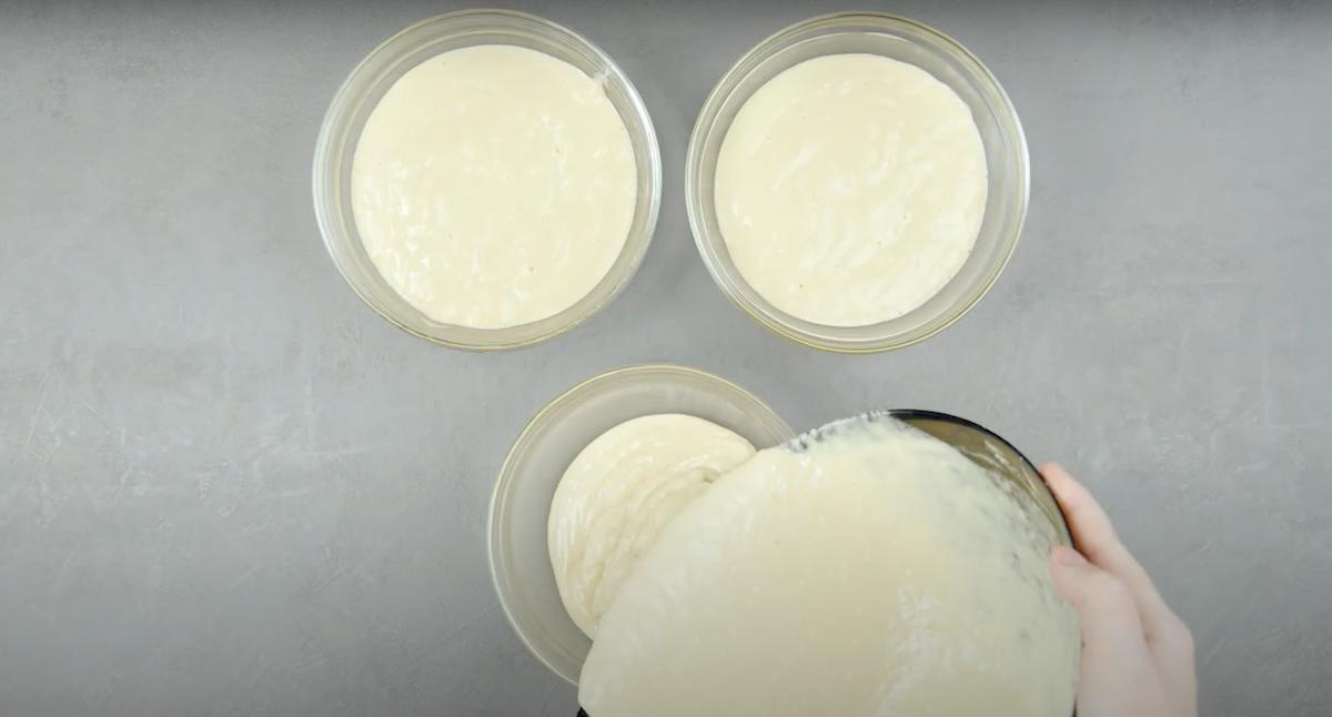 préparer 3 saladiers de pâte
