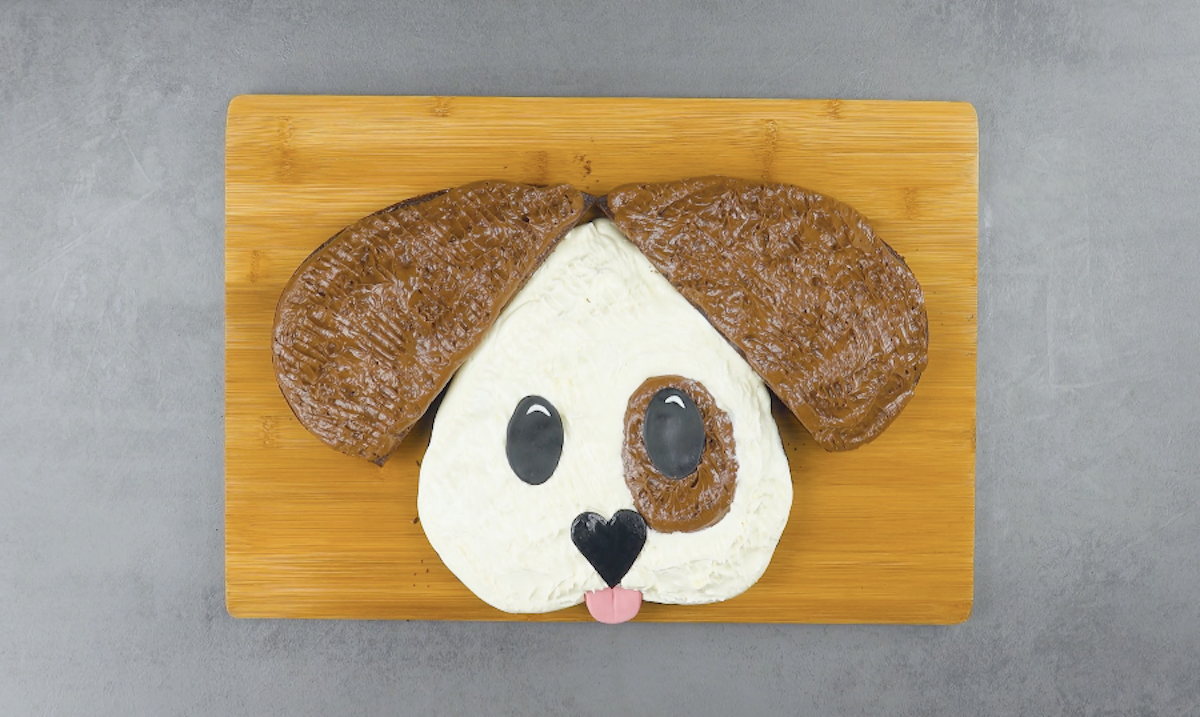 gâteau en forme de chien