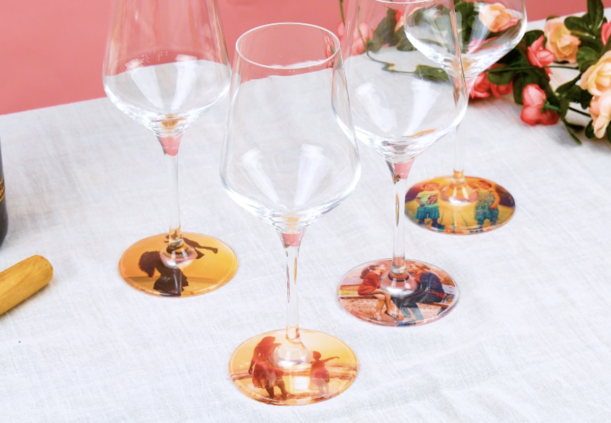 verres à vin avec photos