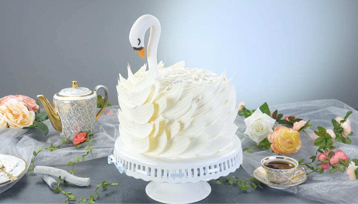 gâteau en forme de cygne