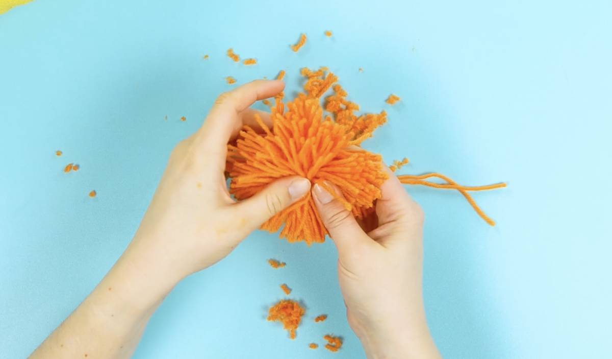 fabriquer des pompons en laine