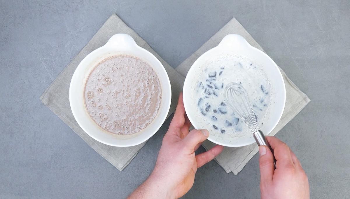 préparez les crèmes au cacao et aux Oreo