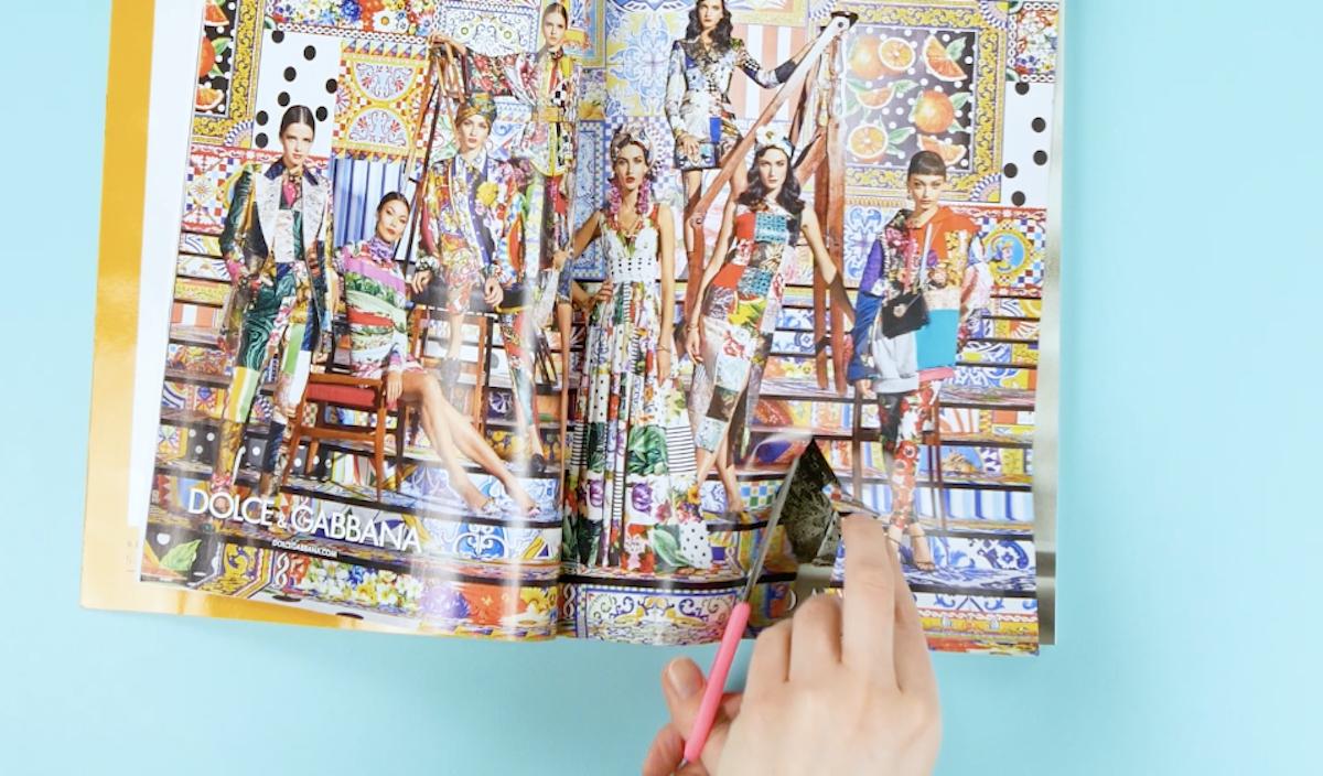découper plusieurs morceaux de papier en forme de losange dans de vieux magazines