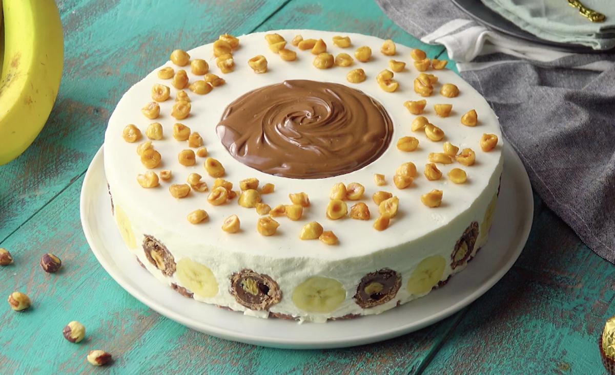 gâteau crémeux aux Ferrero Rocher et au cœurde Nutella