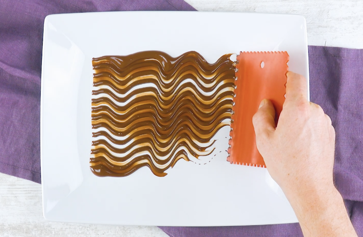 former des vagues avec le chocolat